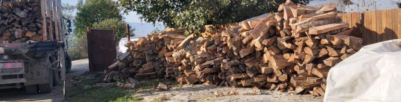 Wir haben Feuerholz